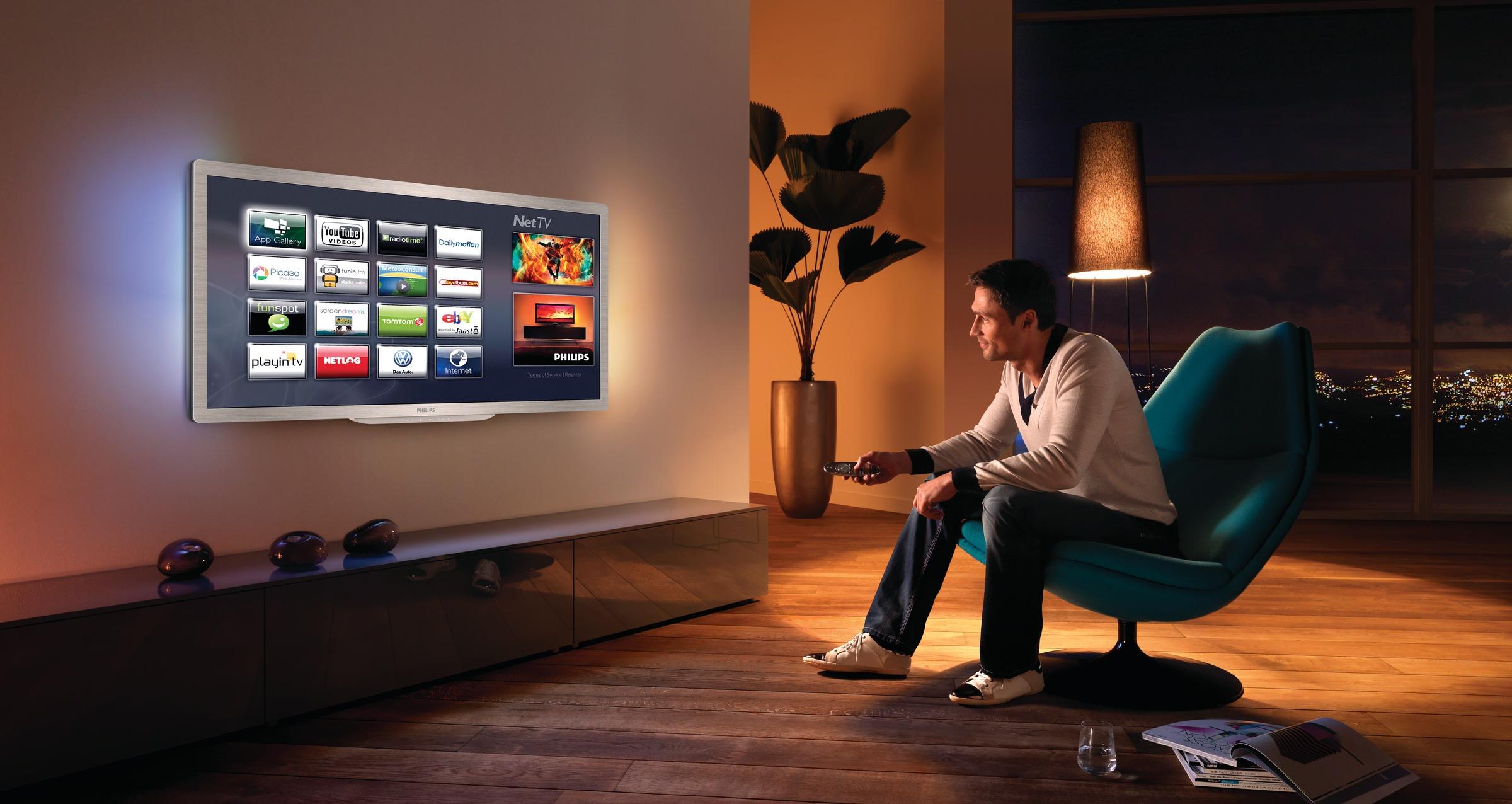 Комбинация телевизора и компьютера позволяет выводить видео напрямую с видеокарты