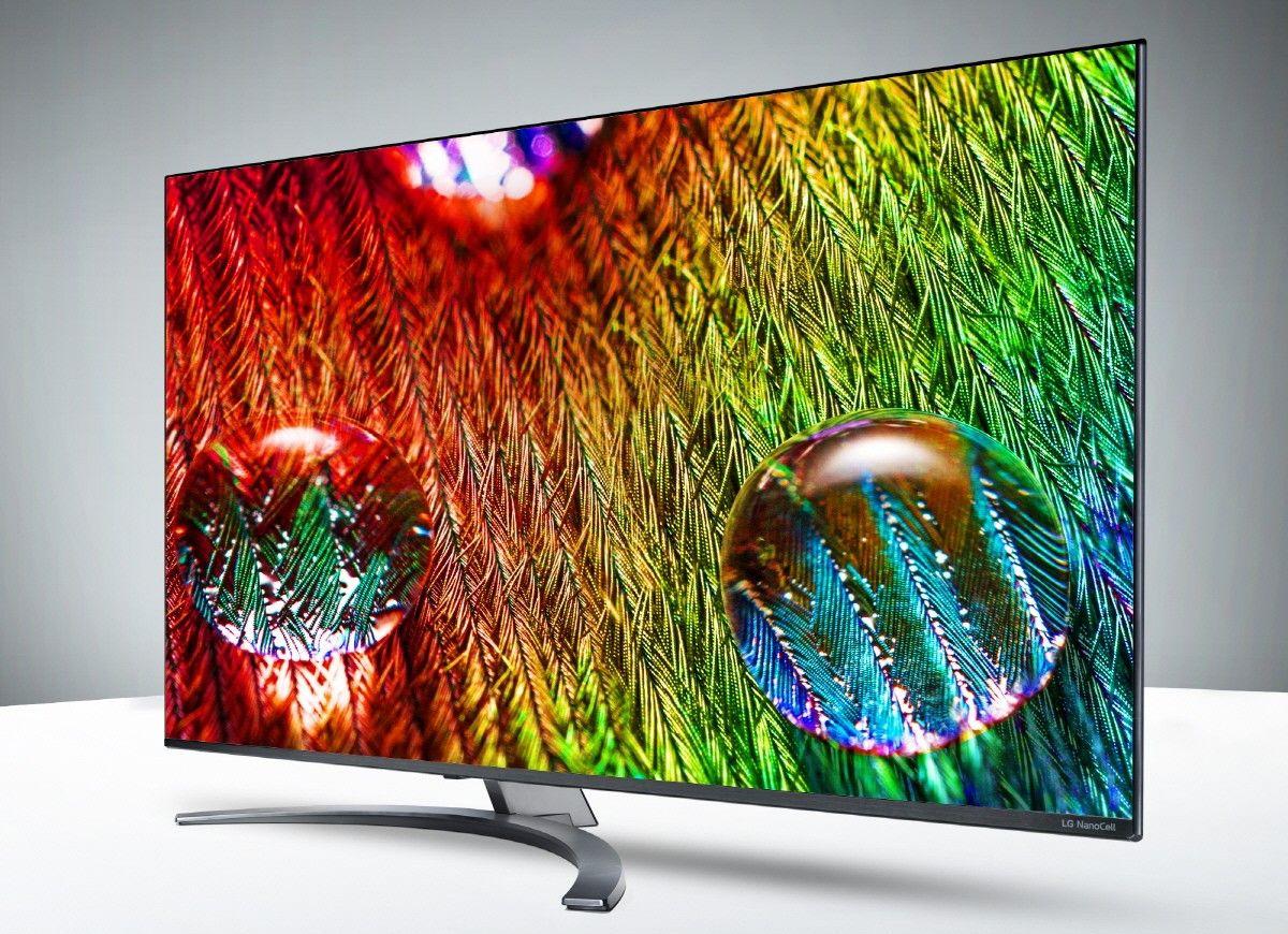 В OLED в отдельном пикселе уже есть основные цвета