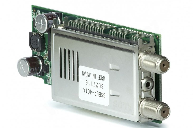 DVB-S2 тюнер