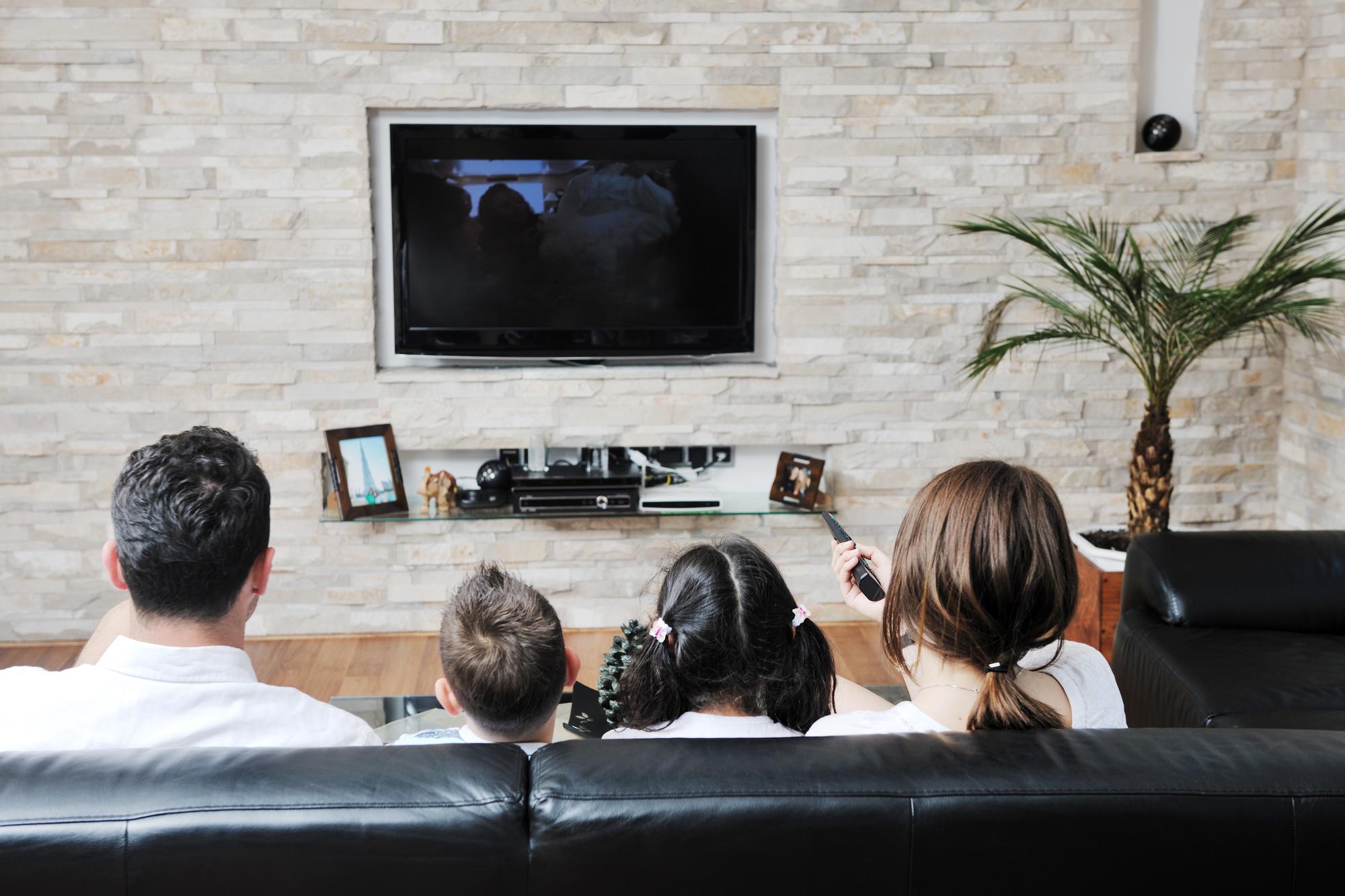 Лучшие телевизоры до 15000 рублей